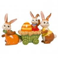 Figurka Rodzina Zająców wiezie jajko Wielkanocne 25 cm Goebel 66843411