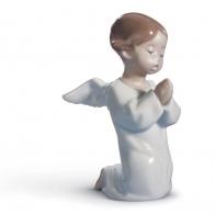 Figurka Modlący się aniołek 13 cm Lladró 01004538
