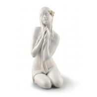 Figurka - Kobieta w chwili spokoju 31 cm - Lladro 01009487