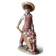 Figurka - Taczka z kwiatami