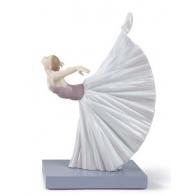 Figurka - Baletnica Giselle, poza Arabesque