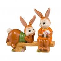 Figurka Zające Spotkanie na ławce 15cm 66843381 Goebel