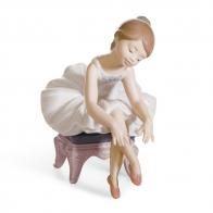 Figurka z porcelany mała Baletnica 13cm 01008125 Lladro